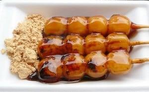 japanese-desserts-dango