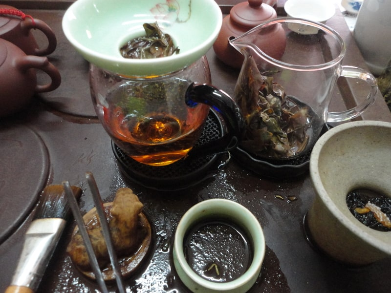 Preparing Chinese Tea
