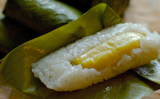 sticky-rice-banana-dessert-laos