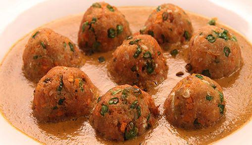 Dal Kofka Curry & Toor Balls