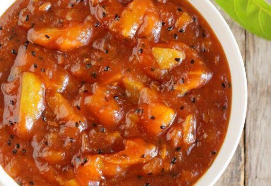 Spiced Fruit Chutney