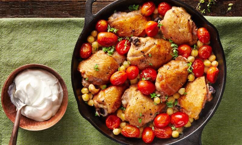 Crispy chicken thighs & smoky chick peas