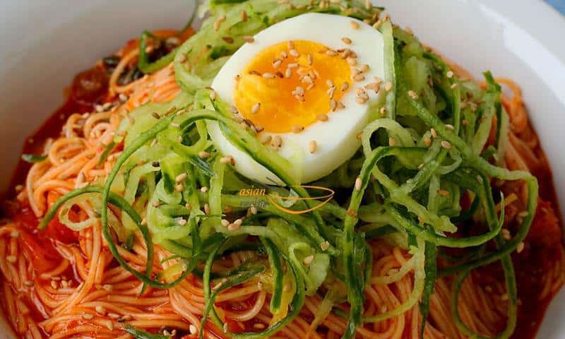 Korean spicy mixed noodles