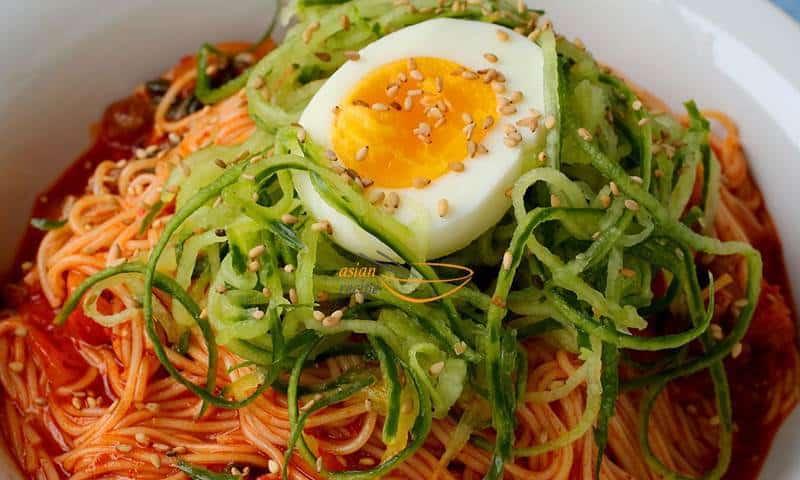 Korean spicy mixed noodles