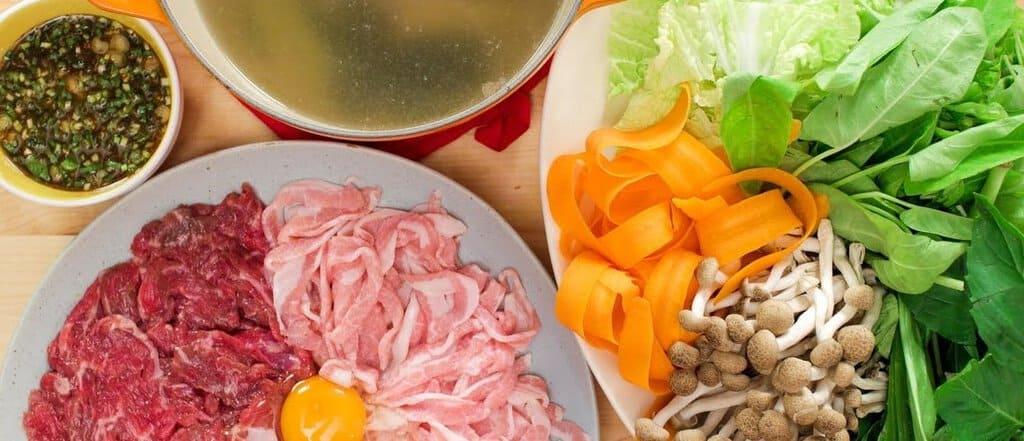 Cutting Chinese recipe ingredients-1160