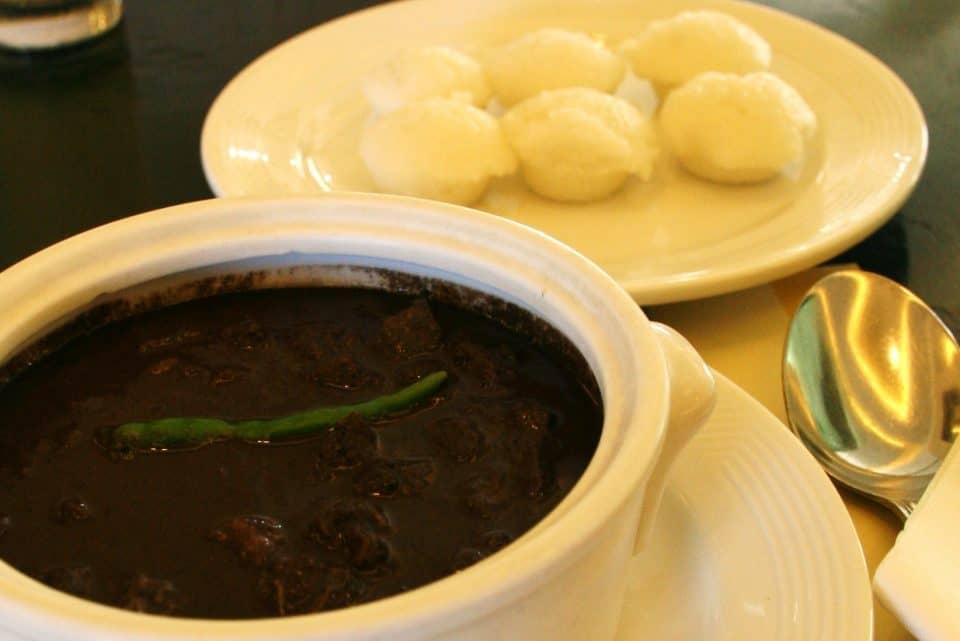 How To Cook Pork Dinuguan: Blood Stew
